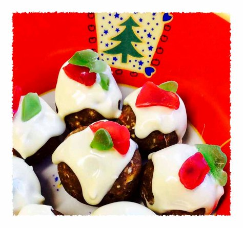 christmaspuddingblissballs2_withB