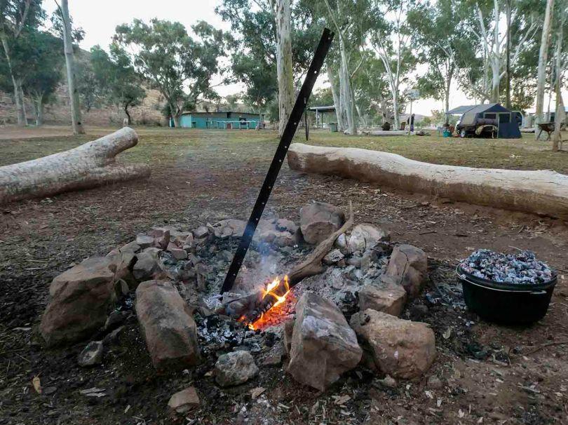 Australia campfire cooking